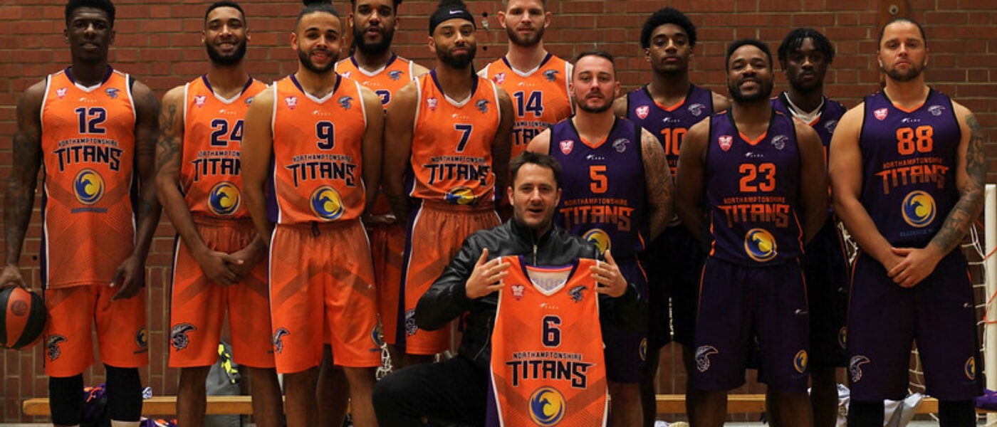 Northamptonshire Titans Mens Division 2 squad featuring Moulton students