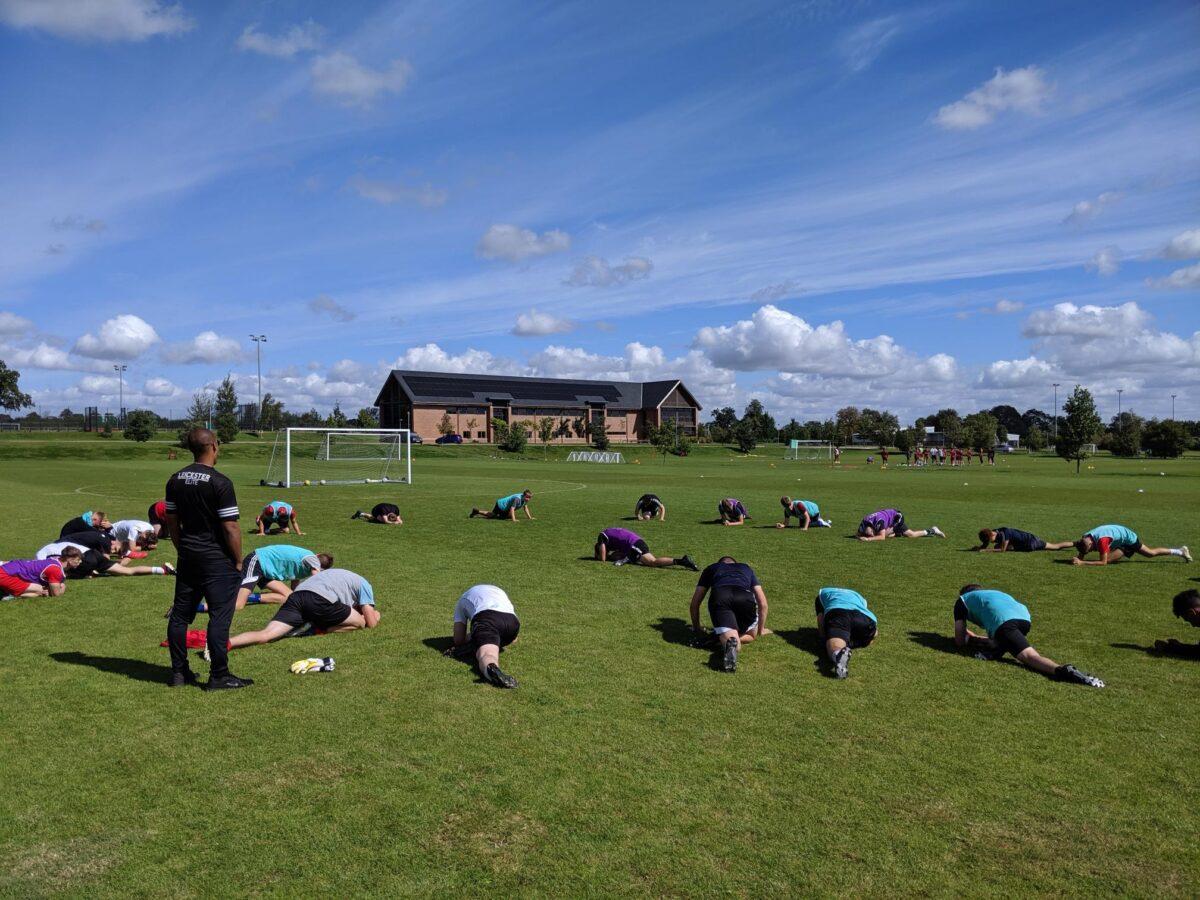 Football Academy Stretching
