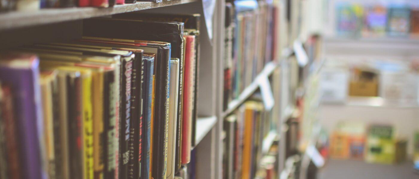 Library -9C3Tmxwqjq